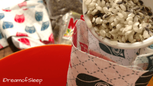 Awesomely easy rice filled lavender sleeping eye pillow DIY